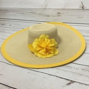 Nine West Beach Floppy Hat